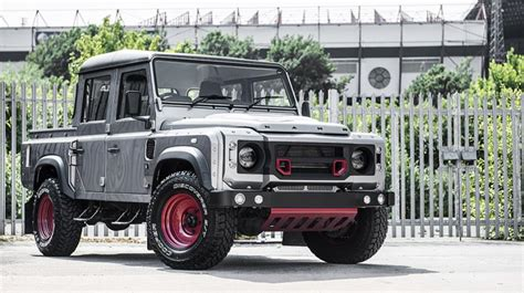 modified 2015 range rover kahn design 2015 land rover defender 110 modified autos