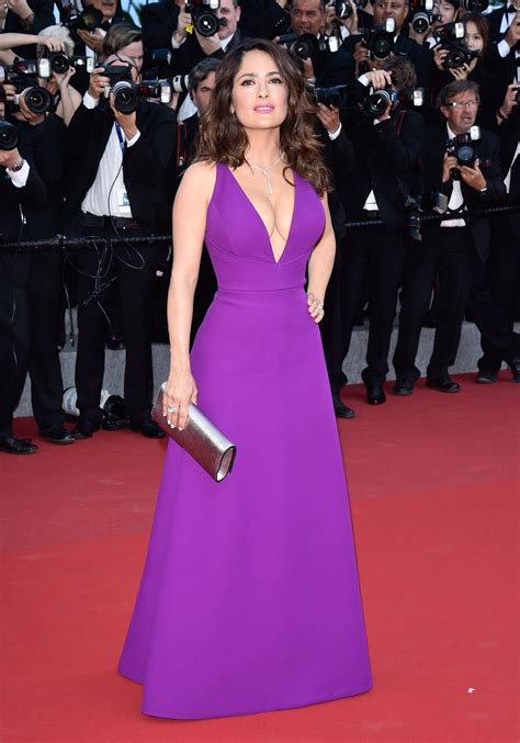 celebrity low height salma hayek height and weight stats pk baseline how