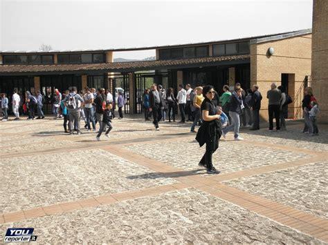 villa tivoli ingresso tivoli gran fila per gli ingressi alle ville storiche f