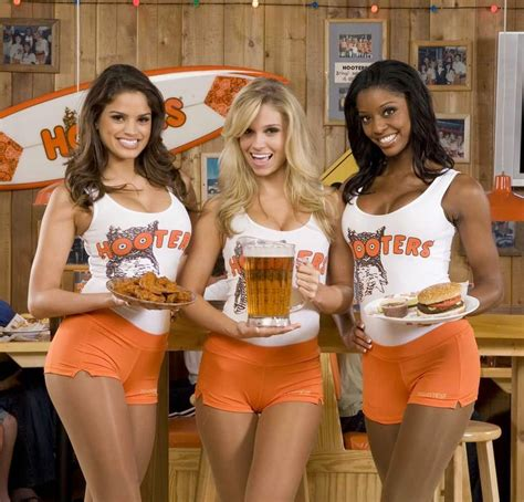 Hooters Says No Thanks To Peta by Reviews For Hooters At Seminole Rock Hotel Casino