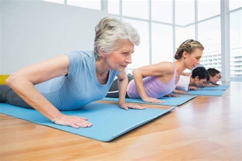 imagenes yoga y pilates descubre cu 225 ndo los ejercicios de pilates son