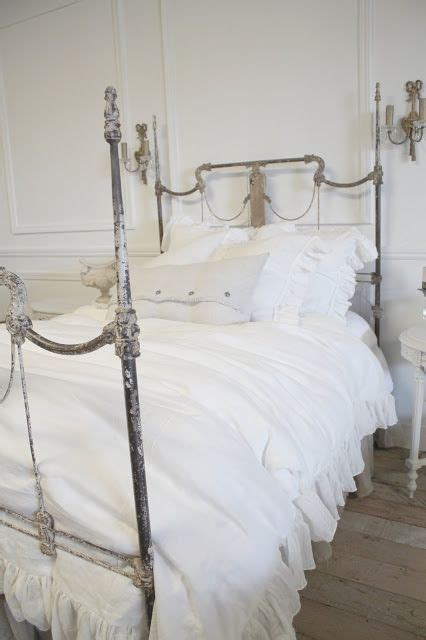 Antique White Iron Headboard Best 25 White Iron Beds Ideas On Pinterest White Metal Headboard White Metal Bed And