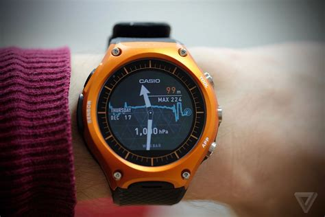 Smartwatch Casio Casio S Smartwatch Brings Android Wear Outdoors
