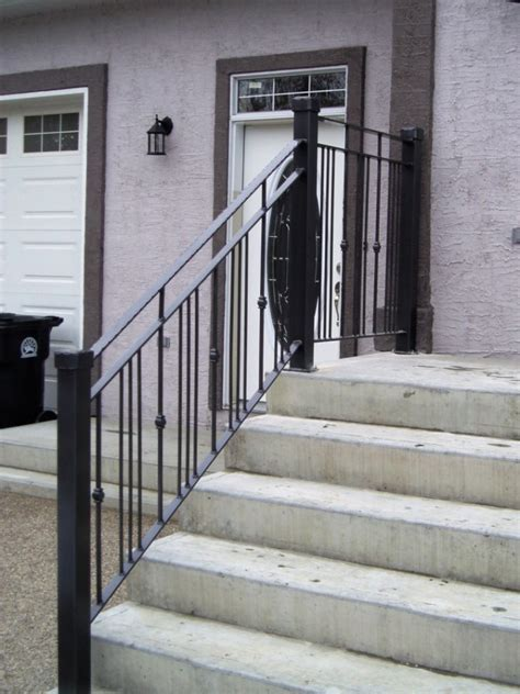 Outdoor Banisters And Railings by Front Porch Amazing Front Porch Railings You Should