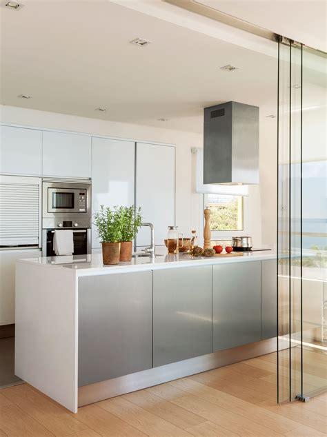 la puerta invisible decoracion de cocina puertas de