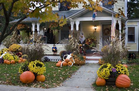 decorations outdoor 10 best outdoor decorations porch decor ideas