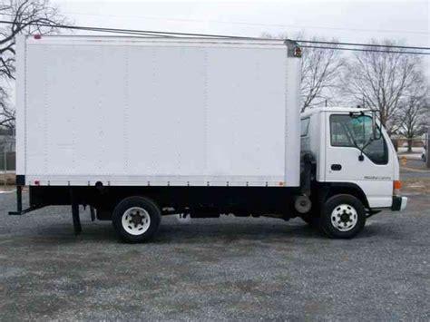 isuzu npr 1997 box trucks