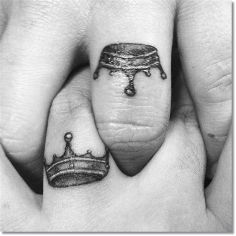 king crown tattoo on finger crown tattoo images designs