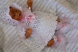 Free preemie crochet baby dress patterns