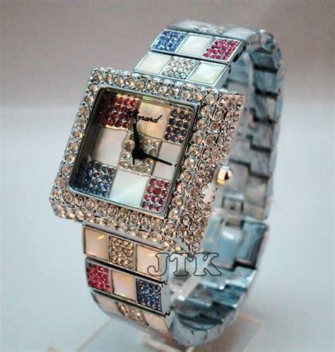 Jam Tangan Wanita Cewek Chopard Cp10 5 jam tangan chopard petak catur stainless rp 330 000