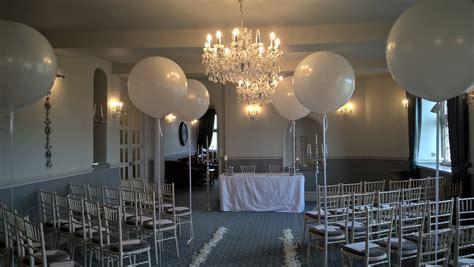 wedding aisle balloons staffordshire s premier balloon supplier balloons of