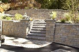 versa lok mosaic wall weathered   steps and retaining