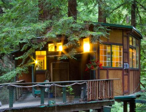 tree houses for rent 7 romantic tree house rentals for v day brit co
