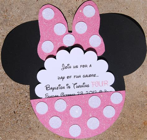 Take Inspiration From Minnie Mouse This It Up For Your Own Mickey Mouse by Minnie Mouse Invitations Theruntime