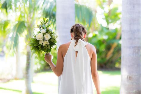 wedding bouquet sydney lotus florist sydney wedding bouquets 012