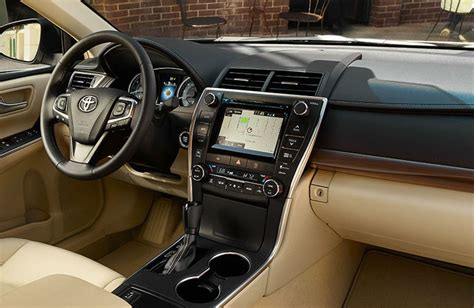 toyota camry 2017 interior differences between the 2017 and 2016 toyota camry