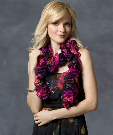 pattern for knitted scarf with ruffle ruffle scarf knitting pattern a knitting blog