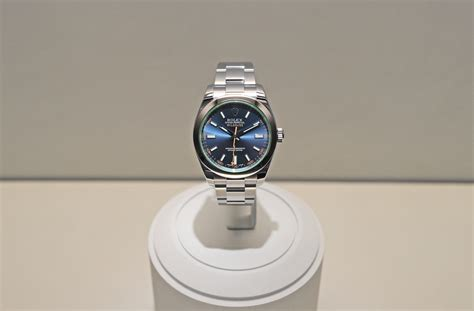 a z professional watches introducing the rolex milgauss quot z blue quot