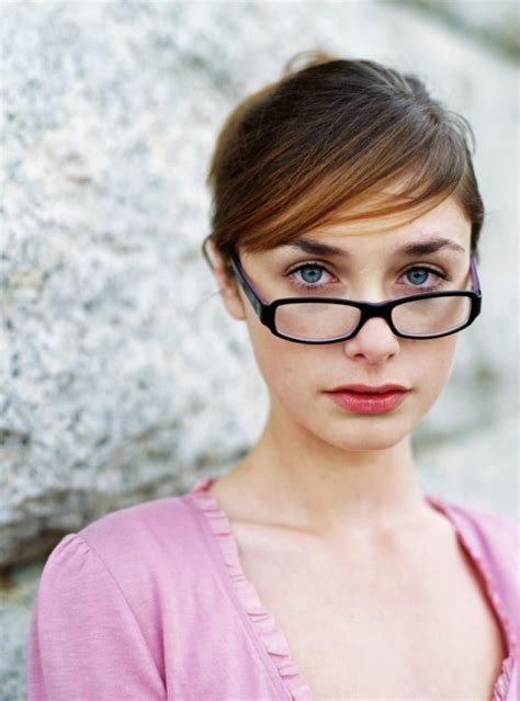 16 Wearing Eyeliner by Cat Eye Eyeliner 21 Makeup Tricks For Eyeglass Wearing