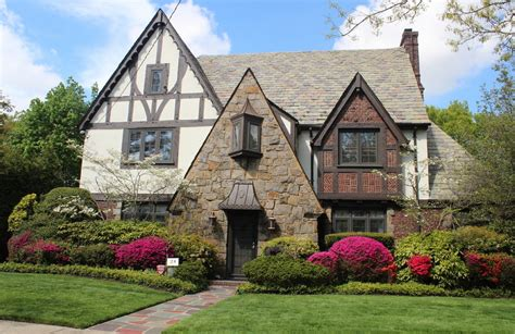 Chateau Style House Plans by 10 Ways To Bring Tudor Architectural Details To Your Home
