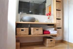 Bien Fabriquer Son Lit Soi Meme #1: meuble-de-salle-de-bain-en-bois-realise-par-pierre-meunier-en-ce-qui-concerne-meilleur-brillant-en-plus-de-attractif-fabriquer-un-meuble-de-salle-de-bain-en-bois-dans-monako.jpg