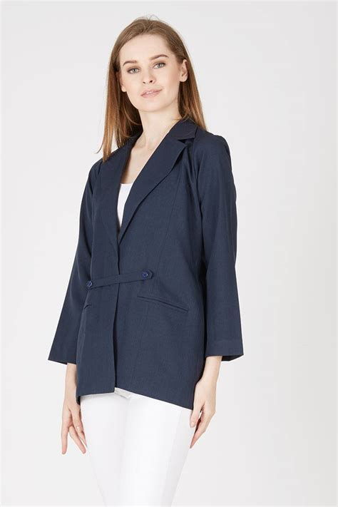 Outer Blazer by Sell Hettie Outer Navy Blazers Berrybenka