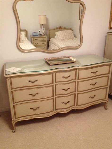 Vintage Drexel Bedroom Furniture I A Drexel Provincial Bedroom Set That Is 50 Years My Antique Furniture