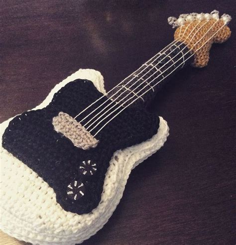amigurumi guitar pattern 122 best ideas about m 250 sica crochet on pinterest muziek