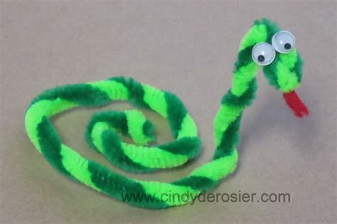 pipe cleaner crafts for derosier my creative pipe cleaner snake