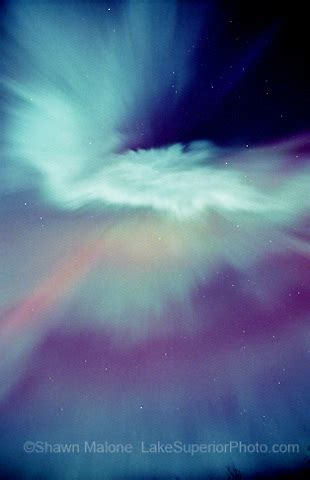 aurora borealis northern lights in the upper peninsula of