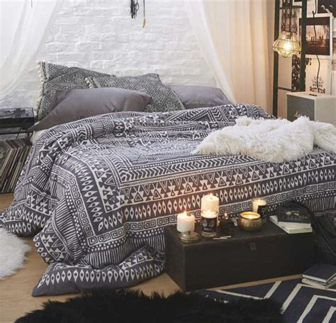 beds tumblr home accessory bedding bedroom tumblr bedroom cute tumblr style black white