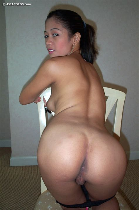 Beautiful Sexy Filipina Teen Shows Her big Round ass Naughtily Asian Porn Movies