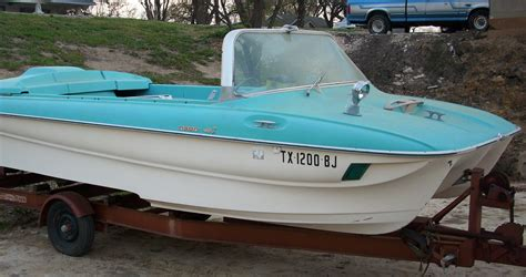 the boat on 1960 1960s boats pictures to pin on pinterest pinsdaddy