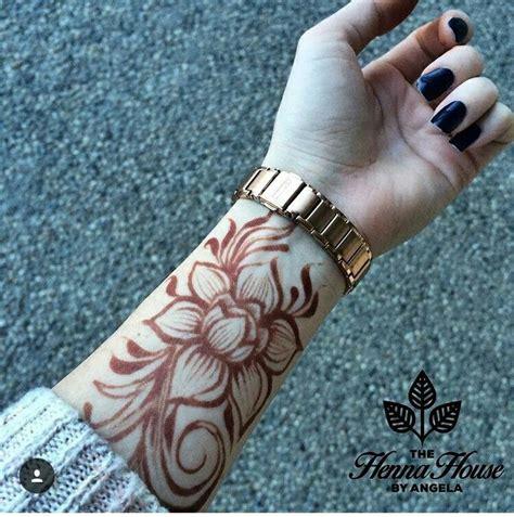Tattoos Für Die Schulter by Die Besten 25 Henna Designs Arm Ideen Auf