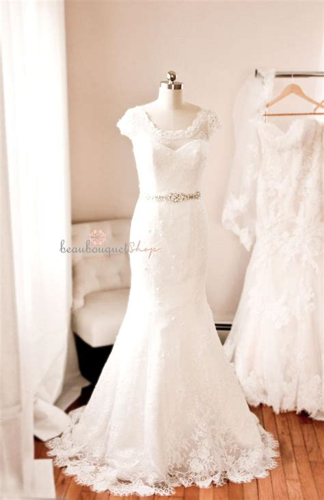 lace wedding dress beaded chantilly lace