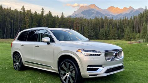 volvo xc90 2020 review 2020 volvo xc90 is a slicker safer swedish suv roadshow