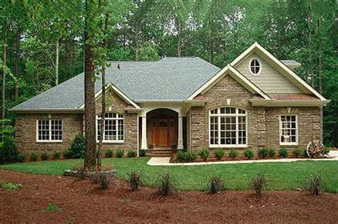 southern style house plans southern style house plan 3 beds 3 5 baths 2461 sq ft plan 56 241