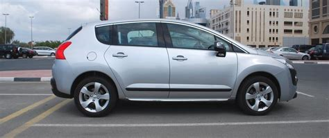 peugeot uae peugeot 3008 review a crossover for the city