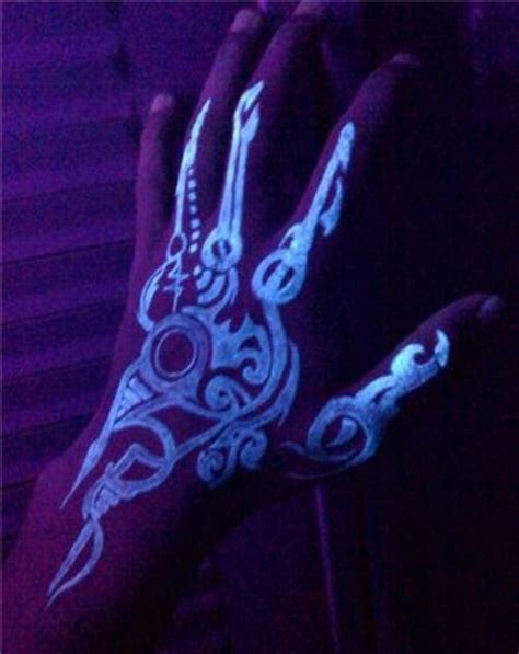 hand tattoo tribal designs blacklight tattoos tribal w pic of uv
