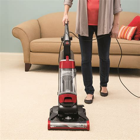 bissell couch cleaner cleanview 174 lightweight vacuum onepass red 1331 bissell 174