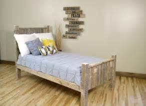 Reclaimed Wood Platform Bed Diy Chandeliers Pendant Lights