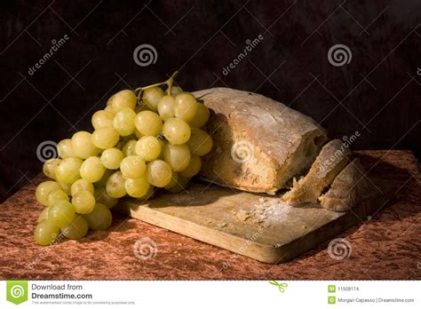 imagenes de uvas y pan pan y uvas del pan imagenes de archivo imagen 11508174