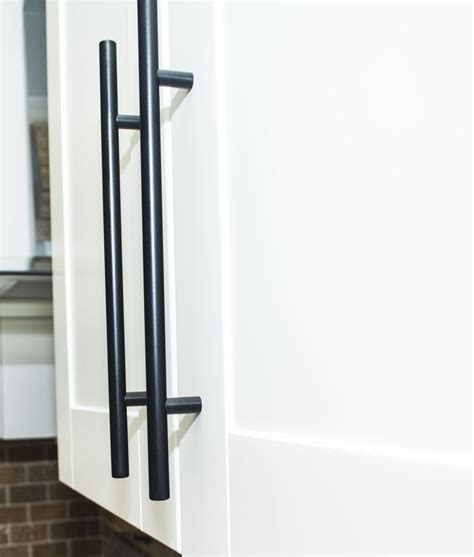 Barn Door Cabinet Hardware Barn Door Handle 10 Quot Black Modern Barn Door Handles Barn Doors And Door Handles