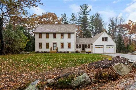 vacation homes for sale in nh lake winnipesaukee nh waterfront homes for sale lake