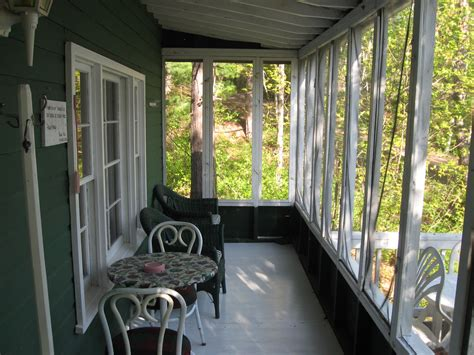 bungalow with screened porch cottage 2 tomraelodge com hunting fishing and