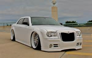 Chrysler 300 Bentley Kit Document Moved