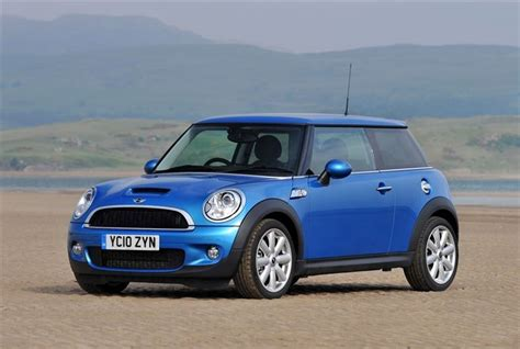 mini cooper 2007 to 2013 how to install lowering springs mini cooper and s r56 2007 car review honest john