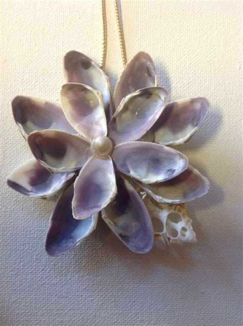seashell crafts for 25 best ideas about seashell crafts on