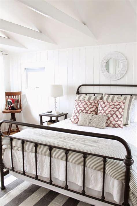 farmhouse decor bedding vintage and rustic farmhouse decor ideas design guide home tree atlas
