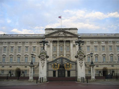 buckingham palace the buckingham palace most visited spot london world